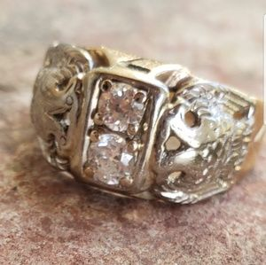 Jewelry - Estate Vintage Antique old cut diamond gold ring!